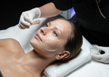 img-experts-cellular-facial