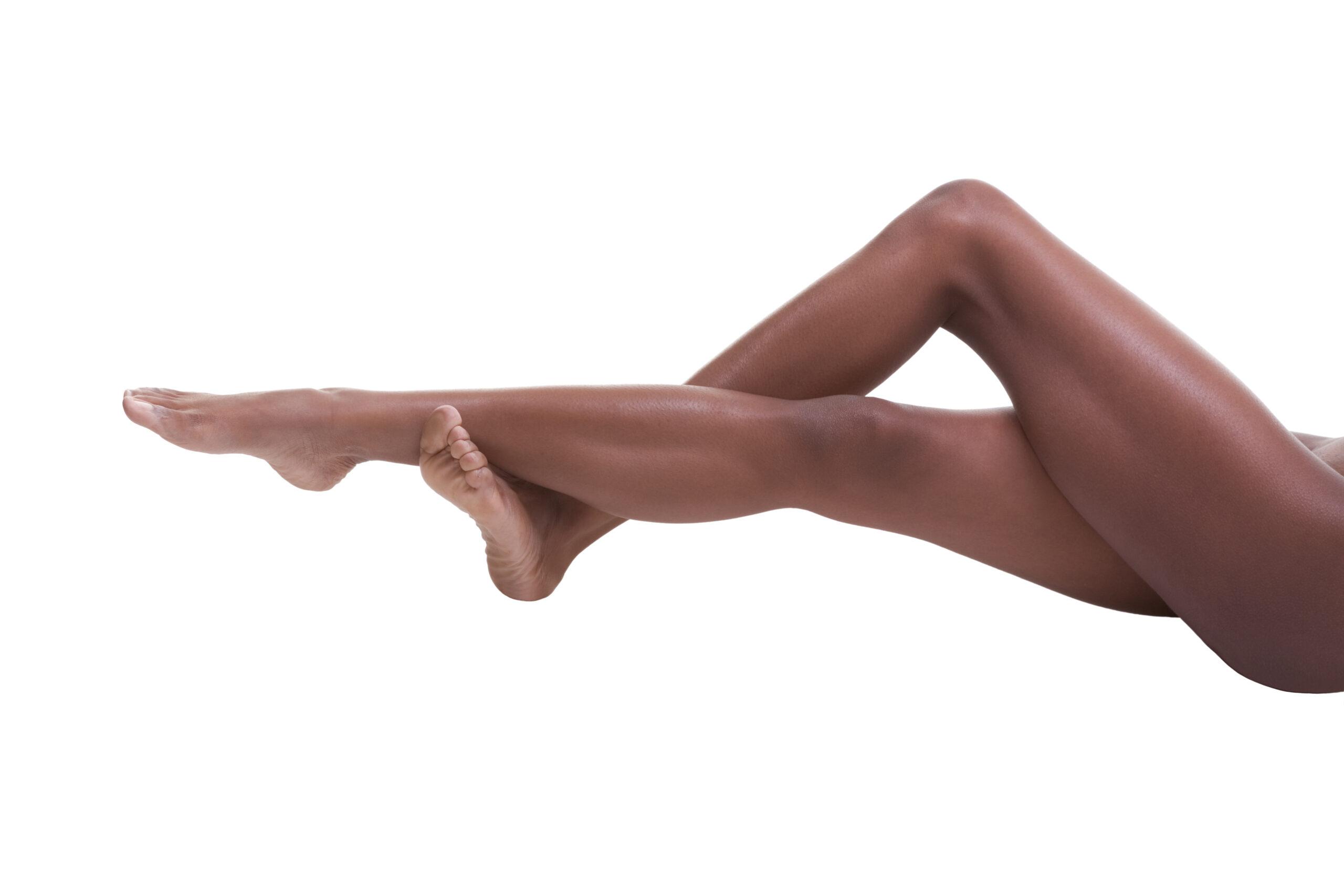 jambes femme peau de fraise